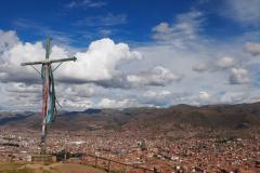 La croix qui domine la ville (bis)