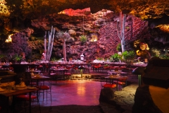 Restaurant souterain à Los Jameos del Agua